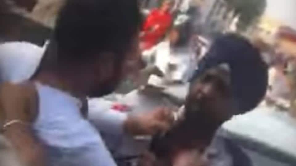 Video viral,cop assaulted,policeman assaulted
