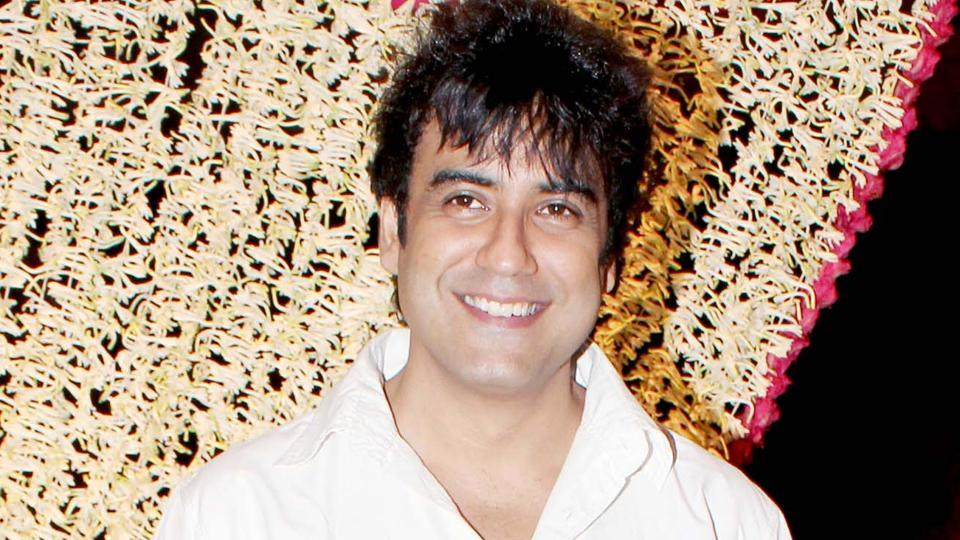 Singer Karan Oberoi will  be soon coming up with an independent album called Choti Si Baat.