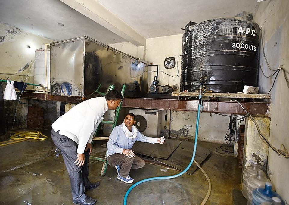 illegal extraction of groundwater,CM flying squad,groundwater extraction
