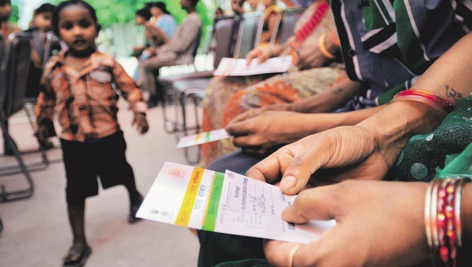 SC says no to interim order against govt's Aadhaar plan