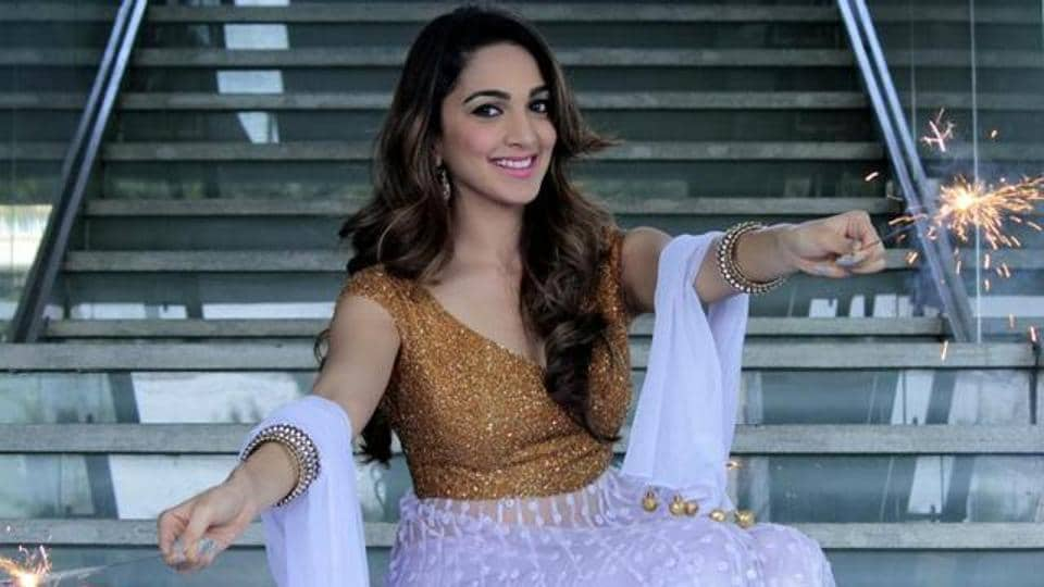 Kiara Advani came to limelight after playing Sakshi in MS Dhoni biopic.