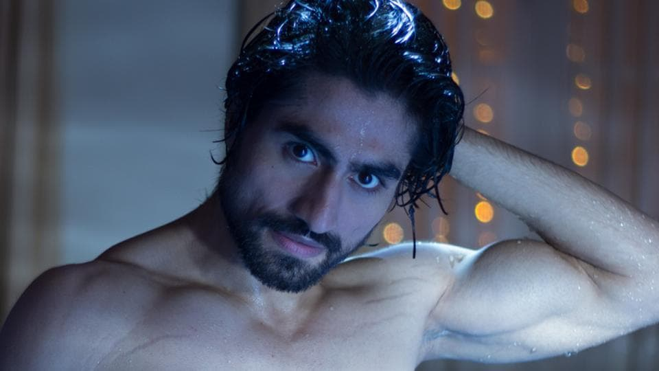 Harshad Chopda does a mean workout.