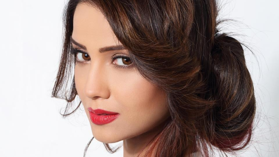 Adaa Khan Tv Industry Gives More Importance To Trps
