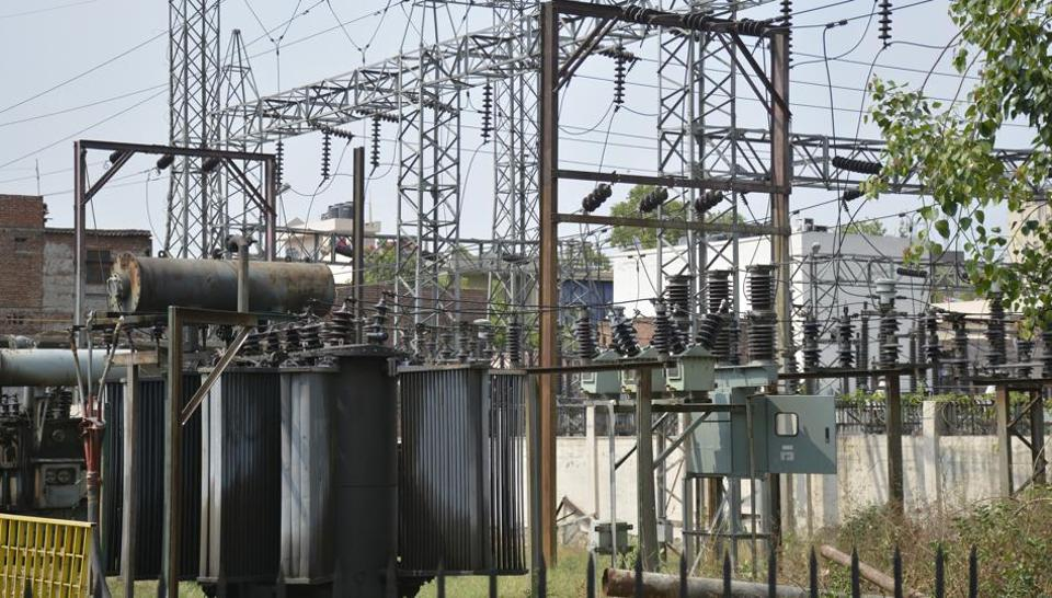 According to officials, the electricity department is to recover a due of nearly Rs700 crore from the Ghaziabad zone, which comprises Ghaziabad, Hapur and Bulandshahr.