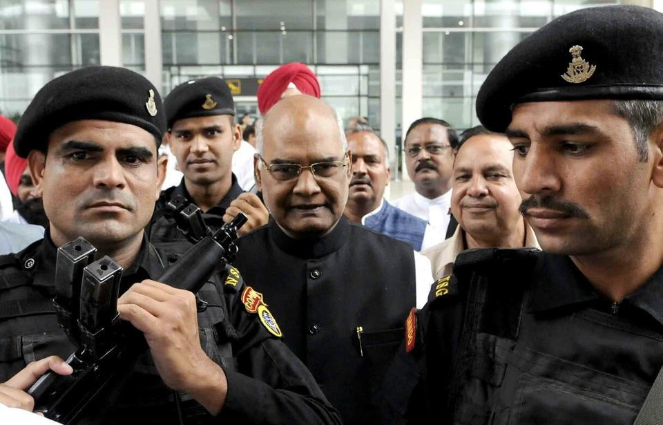 NDA presidential candidate Ram Nath Kovind arrives at Chandigarh International Airport. (Keshav Singh/HT Photo)