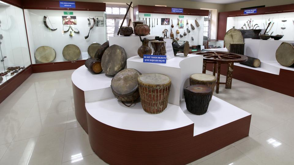 The Tribal Museum holds great importance because of its authentic display of the tribal culture of Maharashtra, providing a glimpse into their largely unexplored lives.