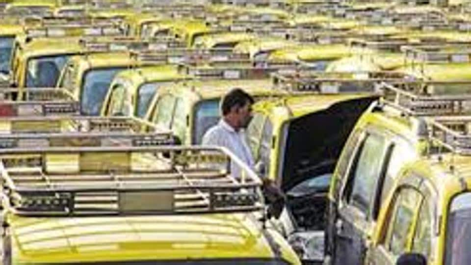 Mumbai, from today, book kaali-peelis, just like Ola, Uber, on mobile phones as...