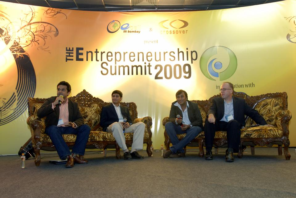 Early days:A panel discussion at E - summit 09 at IIT-B. From left to right - Alok Kejriwal, CEO and co-founder, Contests2Win; Rajeev Mantri, executive director, Navam Capital; Jay Gupta, MD, The Loot; Russell Stamets, director, JCSS Consultants