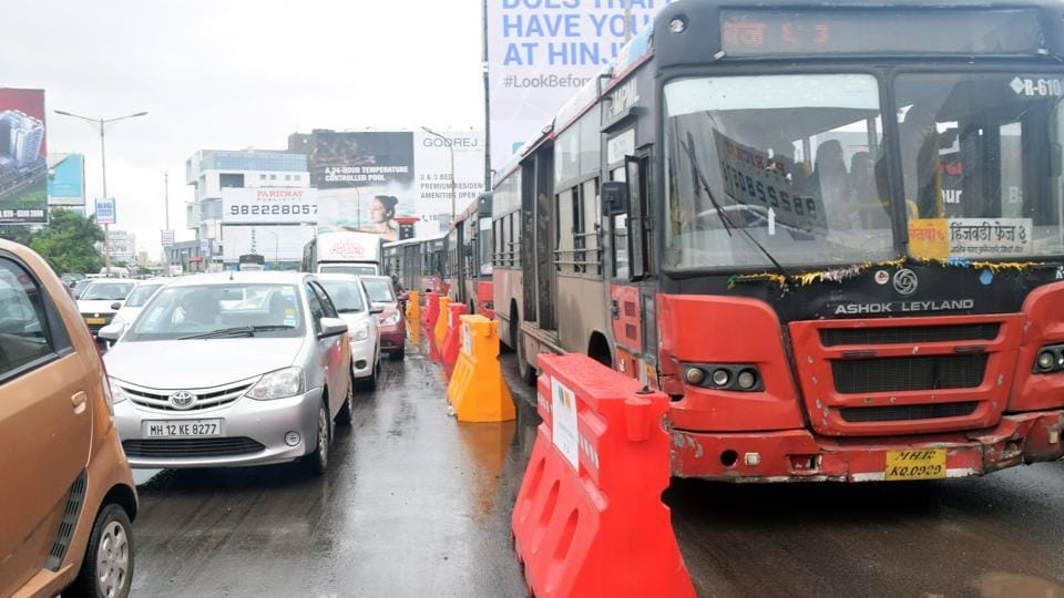To solve the problem of traffic congestion in Hinjewadi, a bus lane has been created with 100 traffic barriers exclusively for use during peak office hours in the morning from 08:00 AM to 11.30 AM.