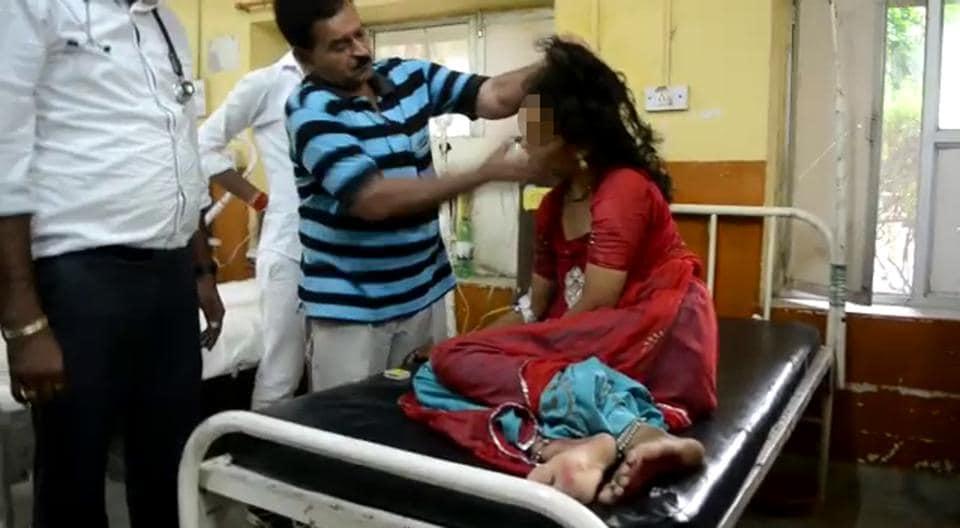 Traders protest GST: Shut markets in Bhopal, halt train in Kanpur