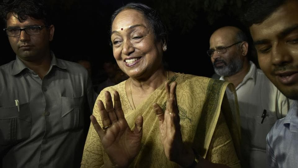 UPA presidential candidate Meira Kumar arrives at her home in New Delhi, the announcement of her candidature on June 22, 2017. (Ravi Choudhary/HT Photo)