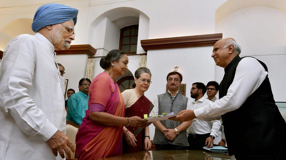 Meira Kumar files her nomination papers in the presence of former Prime Minister Manmohan Singh and Congress President Sonia Gandhi at Parliament House on June 28, 2017 . (Atul Yadav/PTI)