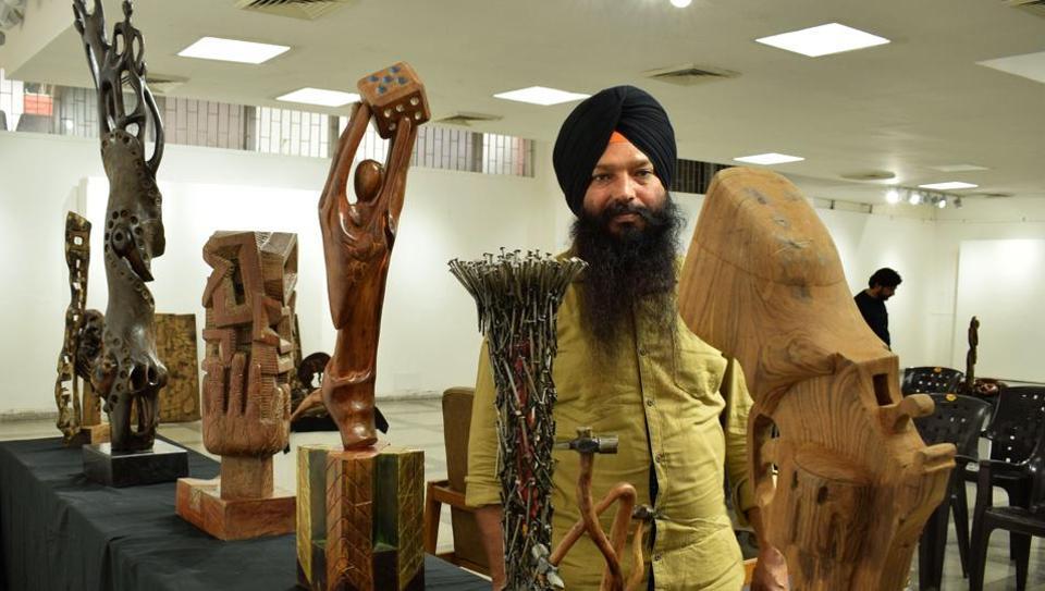 Sculptor Jaswinder Singh