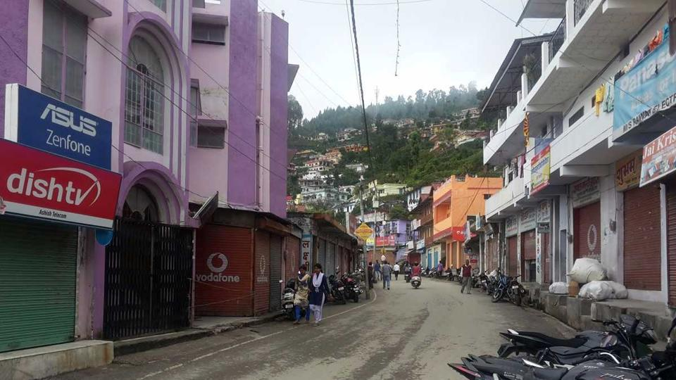 A market wears deserted look in Pauri Garhwal on Friday.