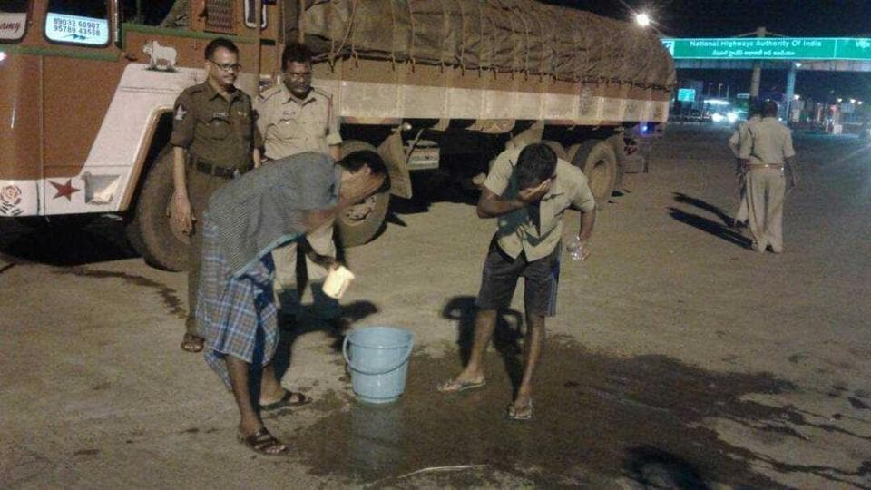 For the past one month, police in the state have been patrolling the accident-prone highway cutting through the state and connecting Kolkata with Chennai with mugs of water and cups of hot tea.