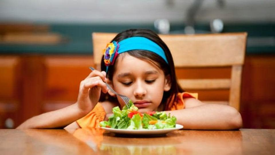 Children with a food allergy have a higher prevalence of childhood anxiety.