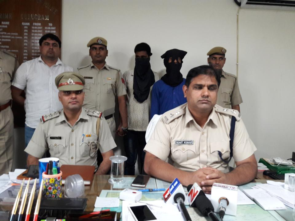 The two accused, who were arrested by police, have been identified as Shashikant alias Sunny and Arjun alias Brahmprakash. Two others Sumit, who is said to be the prime accused, and Lalit alias Mauny are absconding.