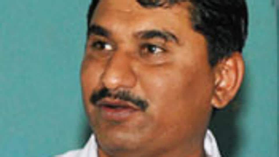 Gujarat,Gujarat high court,RTI activist
