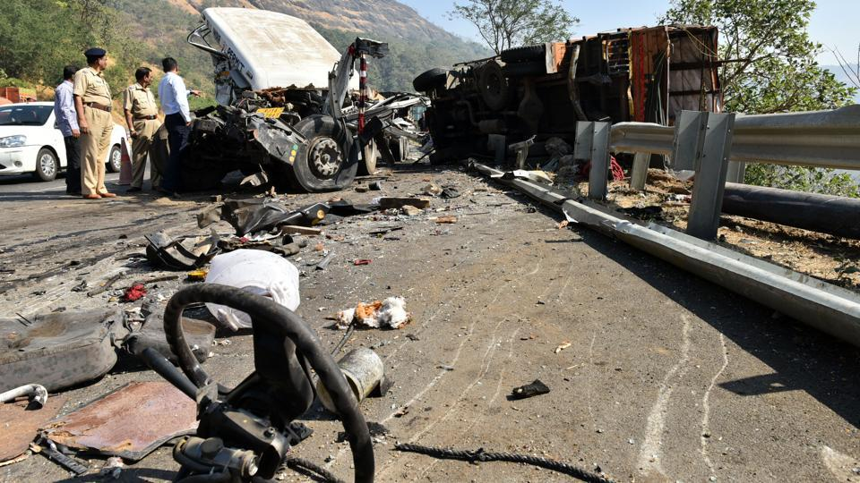 File photo of an accident on the Mumbai-Pune Expressway.