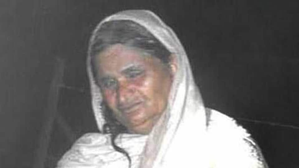 The Pakistani women identified as Nimmoo, hailing from Kila Da Jawar in Pakistan, was apprehended by the BSF troopers on Friday evening in the operation area of border out post (BoP) Pulmoran in Amritsar sector.