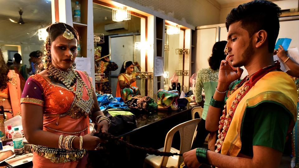 Dancers get ready in the green room. The Dancing Queens use dance as a medium to highlight the struggles of the transgender community.  (Anshuman Poyrekar/HT Photo)