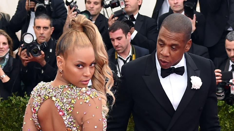Beyonce and Jay Z arrive at the 2015 Metropolitan Museum of Art's Costume Institute Gala.
