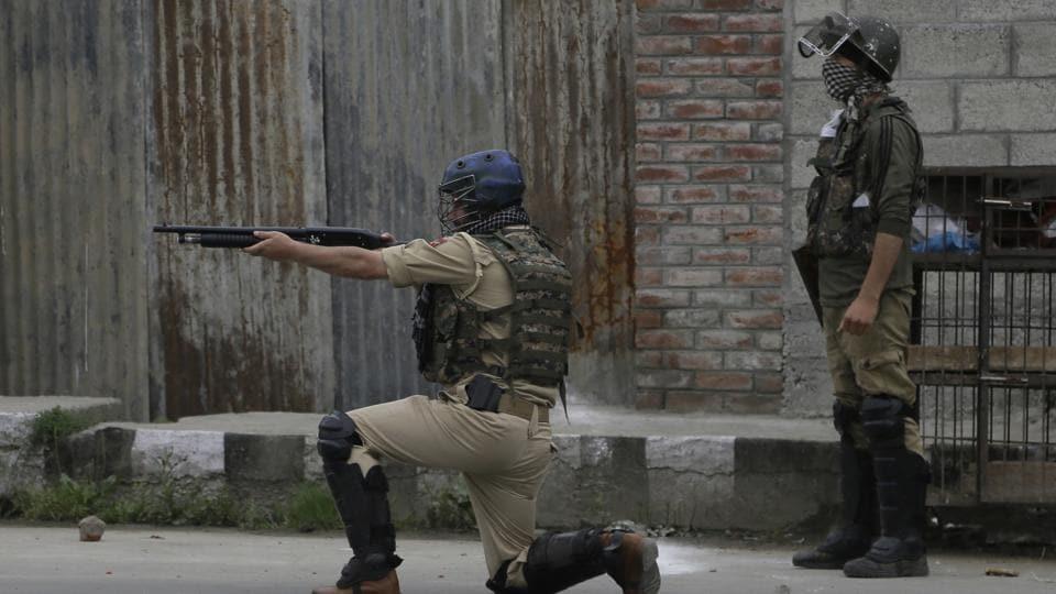 Kashmir,protests,security forces