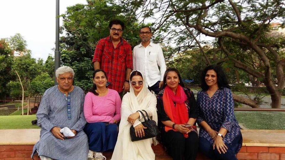 (From left) Lyricist Javed Akhtar, group members Sangeeta Bajpai, Ashok Pandit, Bollywood actress Rekha, architect PK Das, actress Shabana Azmi and Hema Shankar, another group member.