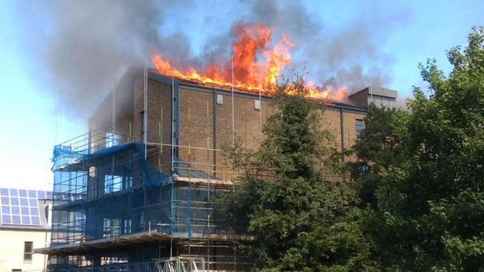 Huge fire at new block of flats in London