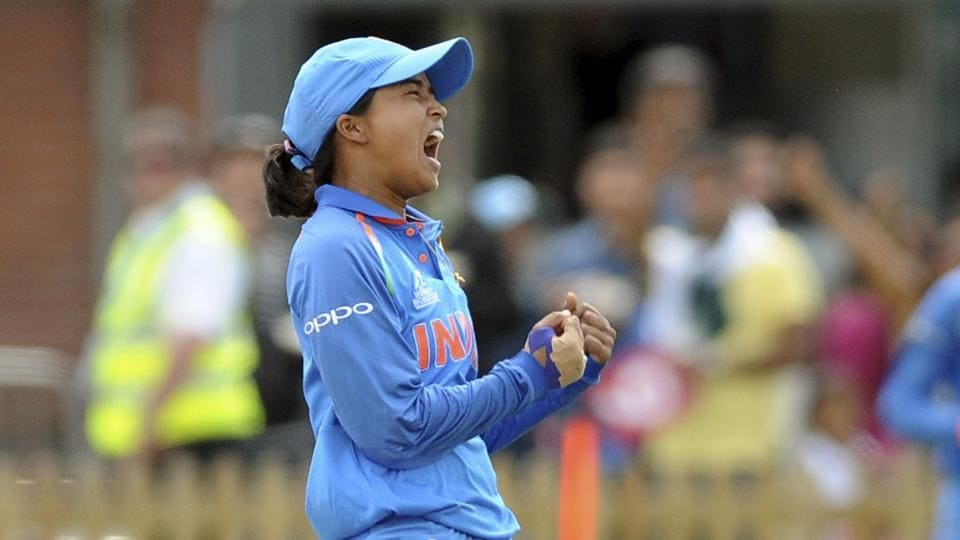 Ekta Bisht picked up her second five-wicket haul as she skittled out Pakistan for 74 to help India maintain their perfect record with a 95-run win in the ICC Women's World Cup.