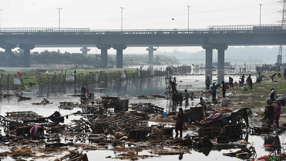According to the 2011 census, around 60% of Delhi's households have water closets and nearly 30% of the households have septic tanks and pits. But where does the waste go from these tanks and pits? The Yamuna, of course.