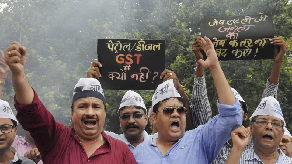 Patna: Aam Aadmi Party (AAP) activists shout anti Finance Minister Arun Jaitley slogans during a protest against GST (Goods Service Tax) in Patna on Saturday.