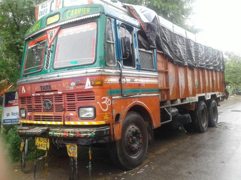 Most trucks impounded by the Gurgaon police were ones that are allowed to load up to 25 tonnes of goods.
