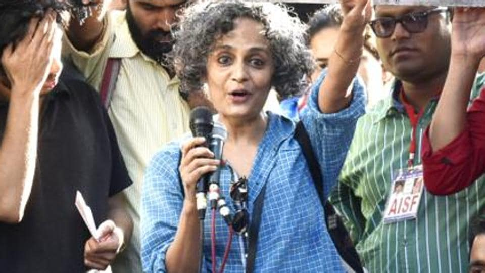 The Supreme Court on Monday stayed criminal contempt proceedings against author and activist Arundhati Roy
