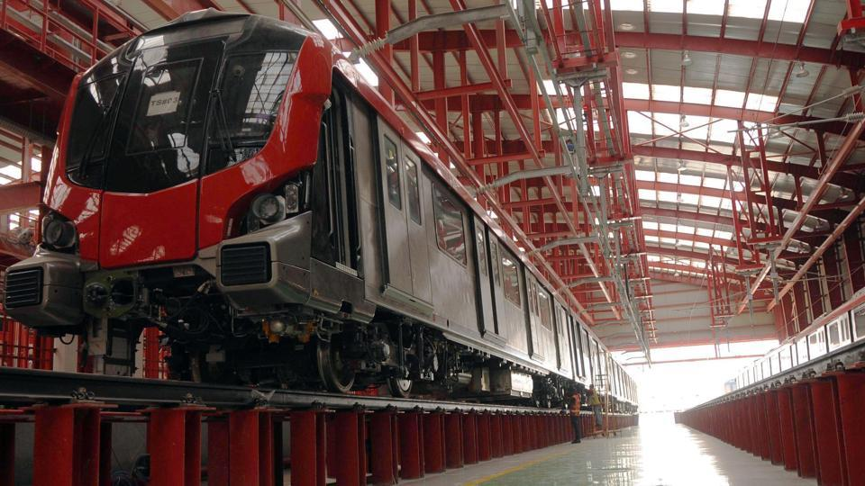 Uttar Pradesh is poised to join the ranks of eight operational metro rail projects already functioning in Indian cities, bagging the title of being Uttar Pradesh's first functional metro line in the process. With the first phase set to launch in July 2017, the Lucknow Metro Rail Corporation Limited is optimistic about the reduction in road traffic and has plans of implementing integrated prepaid smart cards that will be acceptable not only for payment of metro fares but also civic amenities.  (Subhankar Chakraborty/HT PHOTO)