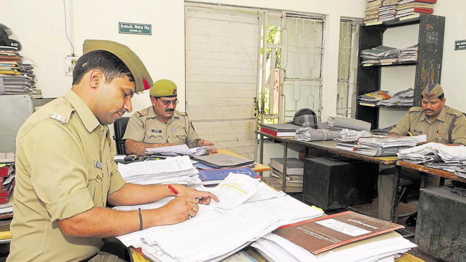 Noida,police,Gautam Budh Nagar
