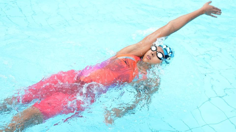 In the girls 200m backstroke event, West Bengal's Soubrity Mondal was leading after the first lap, however, Maharashtra's Trisha Karkhanis picked up the pace and claimed gold with a timing of 2:27.53s.