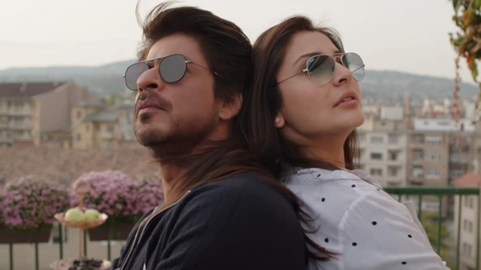 Actors Shah Rukh Khan and Anushka Sharma in a still from the video of Beech Beech Mein, a song from their upcoming film, Jab Harry Met Sejal.