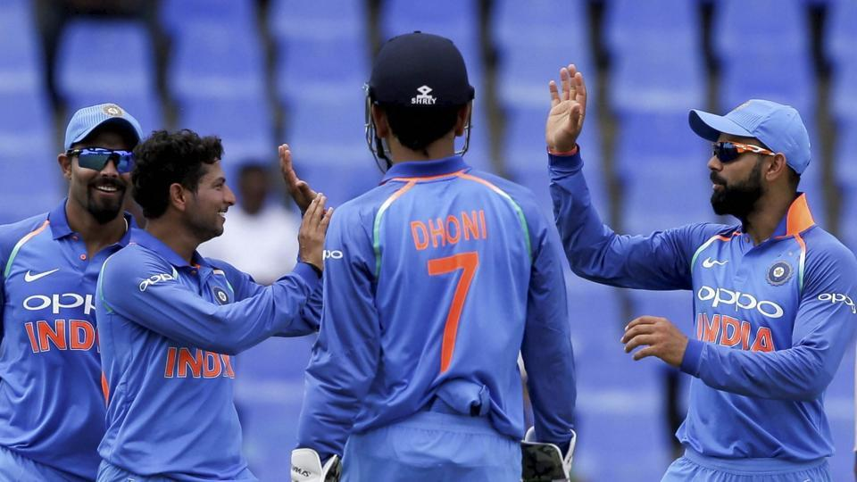 Indian cricket team will most likely have professional team managers in the near future.