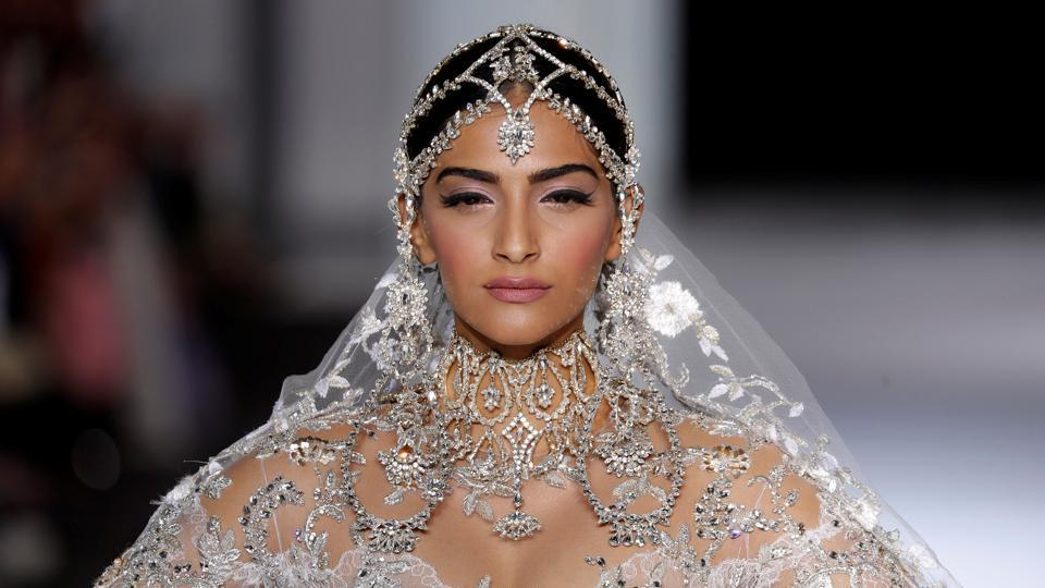 Sonam Kapoor  turned showstopper for  Ralph and Russo at Paris Haute Couture Fashion Week 2017.