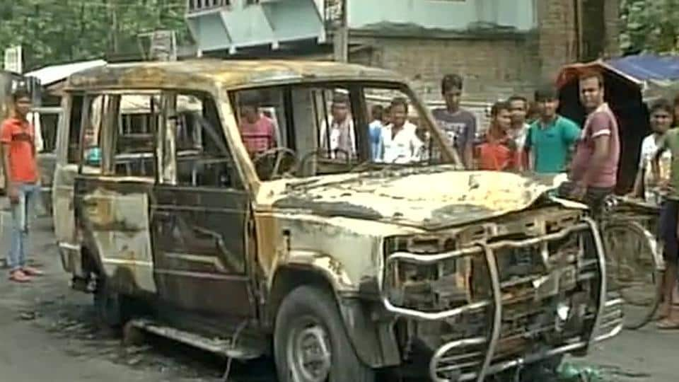 Police vehicles were burnt by the angry mob in Baduria block of North 24 Paraganas district in West Bengal.