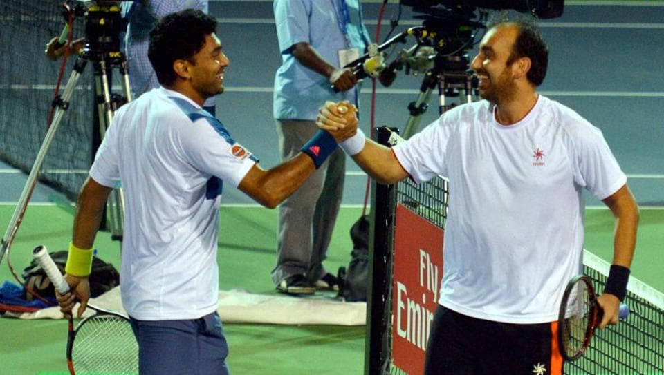 India's Purav Raja and Divij Sharan have entered the second round of the Wimbledon.