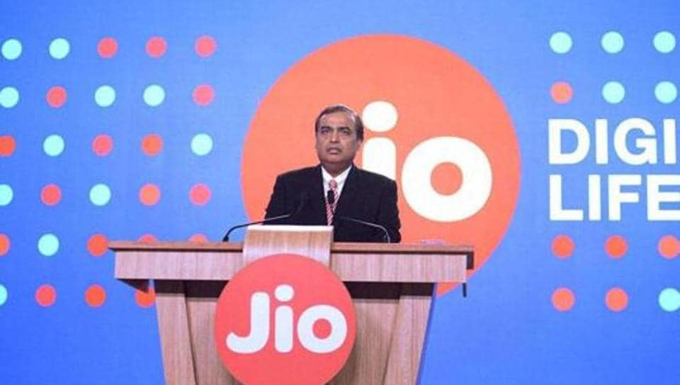 Unbelievable! Reliance Jio launching 4G VoLTE phone at Rs 500 this month?
