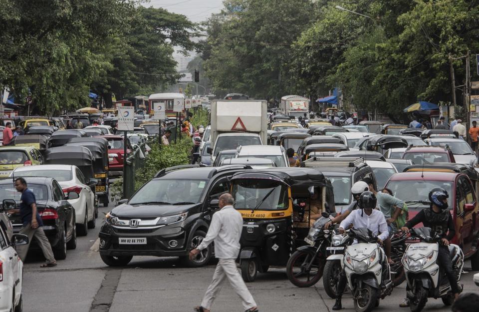 mumbai traffic,Mumbai roads,Traffic jams