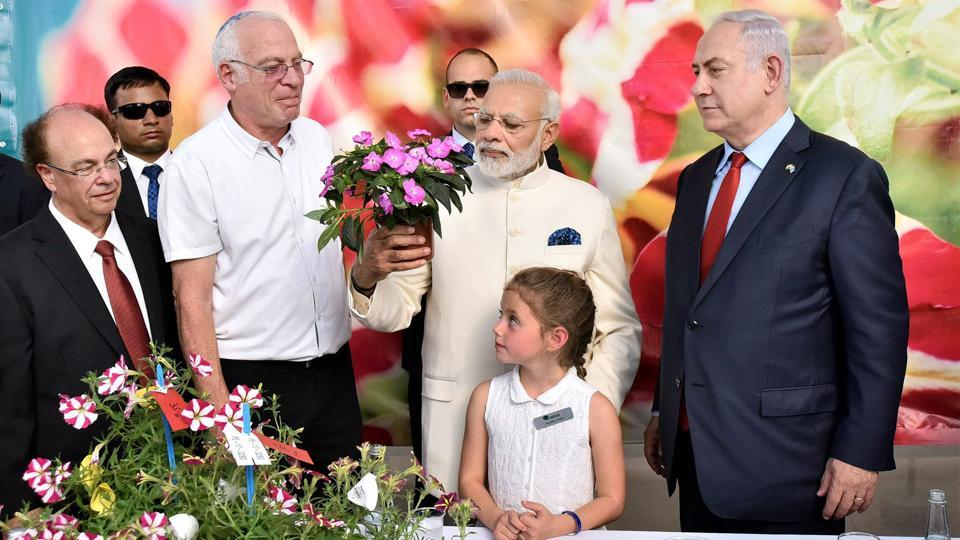 The two leaders then visited the Danziger Flower Farm where a fast growing variety of Chrysanthemum was named after Modi. (PTI)