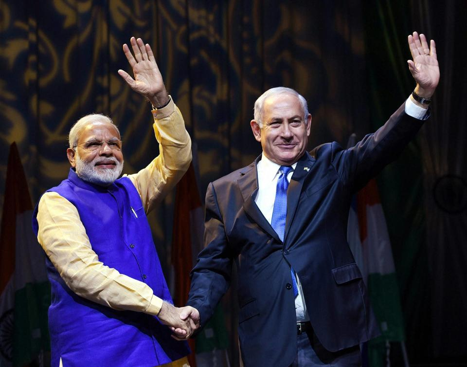 Narendra Modi and Benjamin Netanyahu at the Community Reception Programme in Tel Aviv on Wednesday.