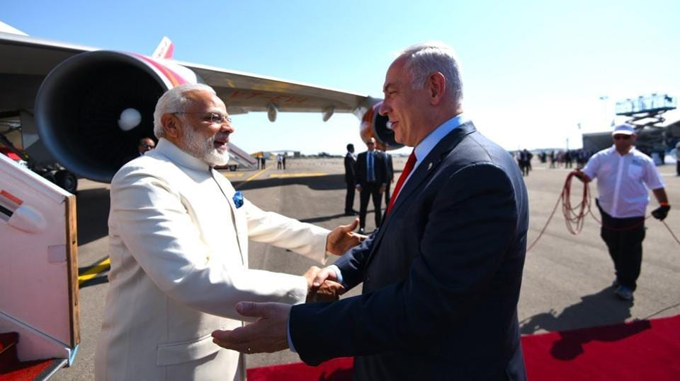 Off to a jovial start, Netanyahu greeted Modi in Hindi with 'Aapka swagat hai, mere dost (Welcome, my friend).' Modi returned the gesture in Hebrew with, 'Shalom, ani same'ah lihyot kan (Hello, I am happy to be here).' (PIB)