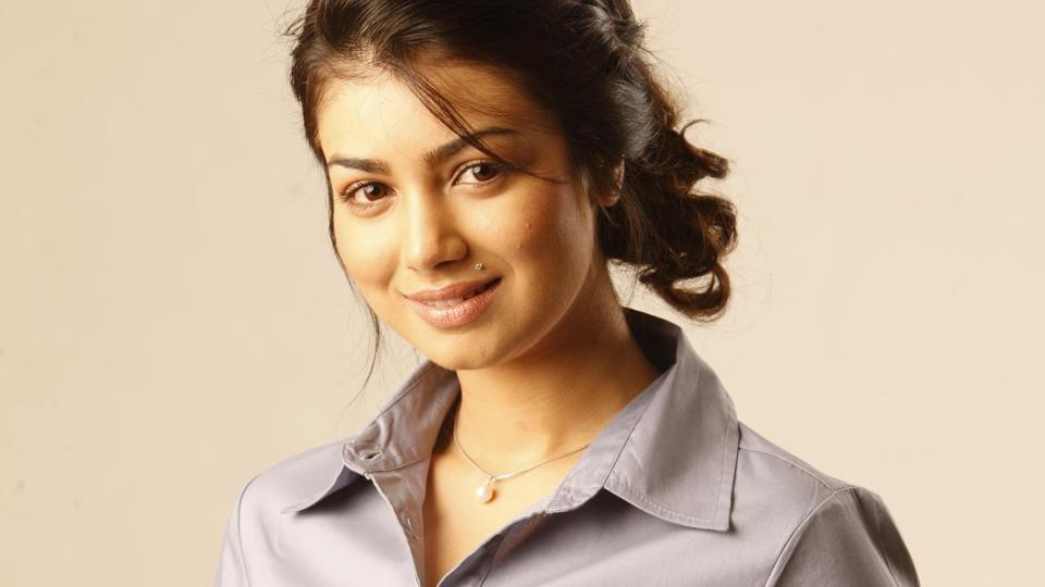 Ayesha Takia,Bollywood Actor,Music Video