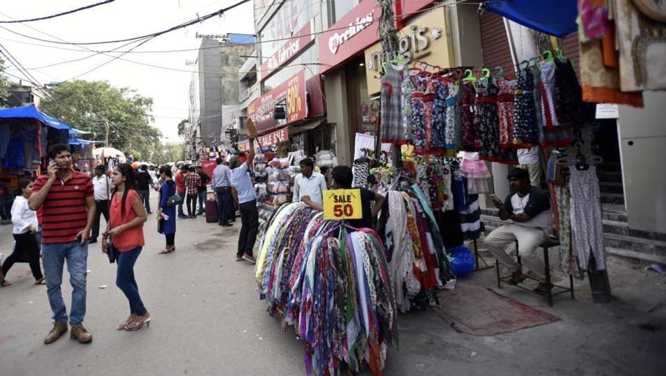 A street vendor at Lajpat Nagar Central Market in New Delhi.