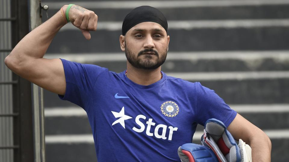 Harbhajan Singh,Mithoon,Indian cricket team